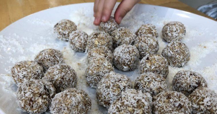 Cashew and Ginger Balls