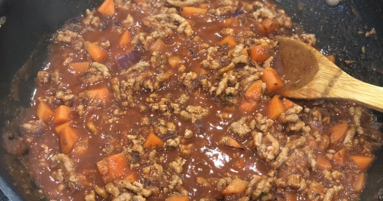 Easy Bolognese (5 Ingredients)